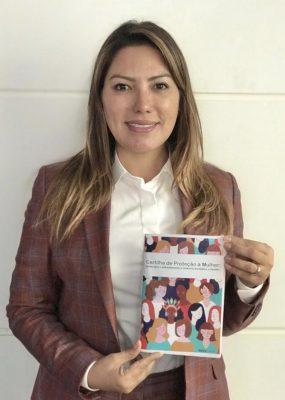 Deputada Renilce Nicodemos discute projetos que beneficiam as mulheres paraenses.