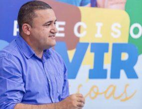 Ministério Público faz busca e apreensão na casa do candidato Jean Carlos e empresários em Canaã.