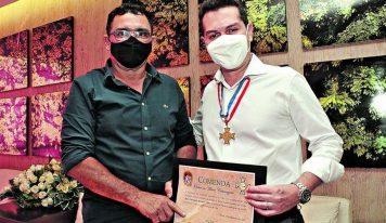 Jader Filho recebe a maior honraria concedida pela Assembleia Legislativa do Pará.
