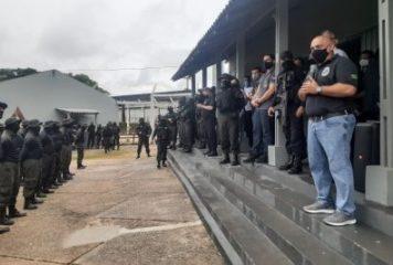 Secretário Jarbas Vasconcelos participa da conclusão do II Curso de Intervenção Penitenciária para Policiais penais e militares.