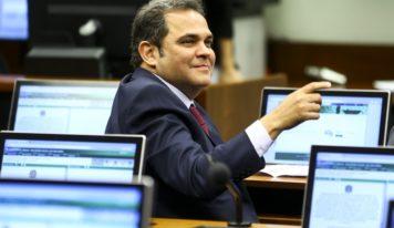 Priante garante recurso para o novo terminal hidroviário de Icoaraci em Belém.