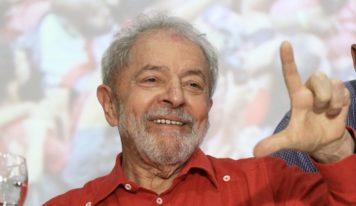 Fachin anula condenações de Lula relacionadas à Lava Jato; ex-presidente volta a ser elegível.