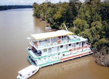 UBS Fluvial leva atendimentos em saúde para ribeirinhos de Barcarena.