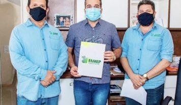 Prefeitura de Tucuruí renova filiação à FAMEP.