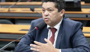Beto Faro garante R$ 3 milhões para manutenção das ruas e pavimentação asfáltica em Castanhal.