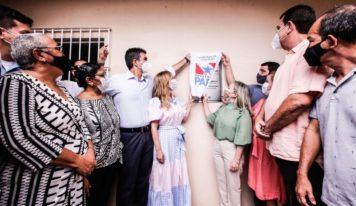 Escola Placídia Cardoso completa 80 anos, é a 58ª unidade entregue reconstruída pelo Governo.