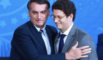 Ministro de Bolsonaro e Presidente do Ibama são alvos de operação da Polícia Federal.