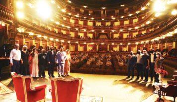Custodiados assistem à Ópera Die Abreise no Theatro da Paz.