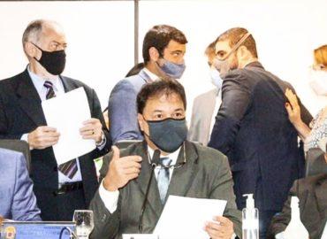 Deputados aprovam projetos de transferência de renda Vale Gás e Água Pará.